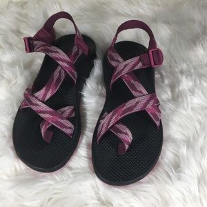 Chacos New Pink Purple Size 11